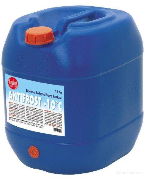 Антифризная добавка, которая позволяет выполнять работы при температуре до –10°С..