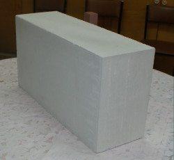 Блок из пористых материалов