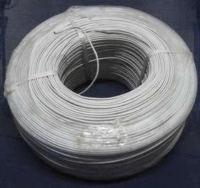 Бухта электрического кабеля со стальной оцинкованной жилой диаметром 1, 2 миллиметра