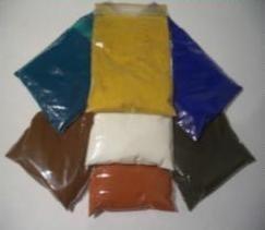 Чтобы придать цвет изделию необходимо добавить специальный пигмент