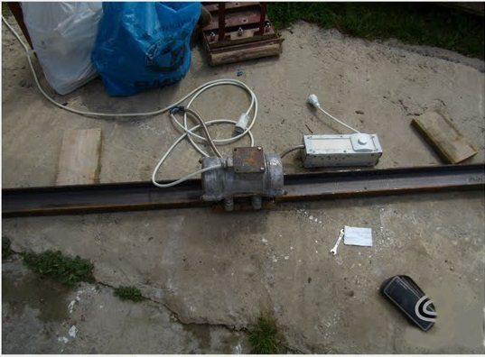 Чтобы сделать виброрейку самому требуется не только кусок железа, но и познания подключения электрических приборов