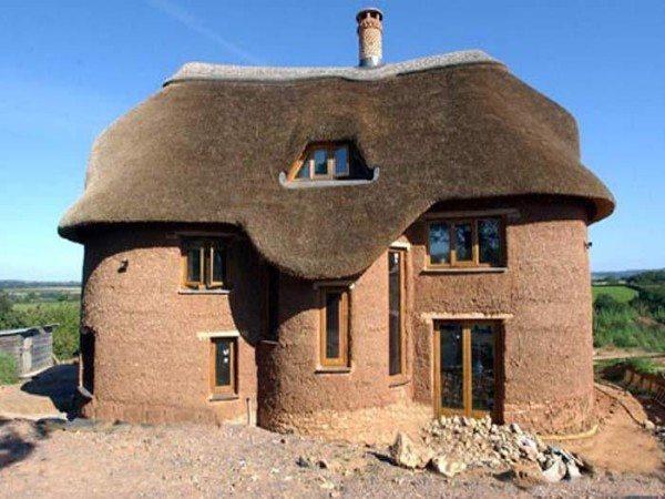 Дом из описываемого материала