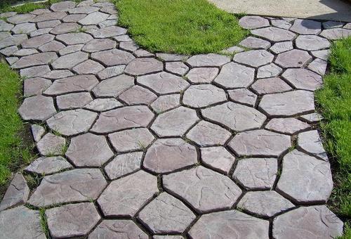 Дорожки в саду: из дорожки + из бетона - получается отличная имитация укладки натуральных камней