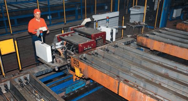 Формы для заливки бетона с прутьями для передачи предварительного напряжения