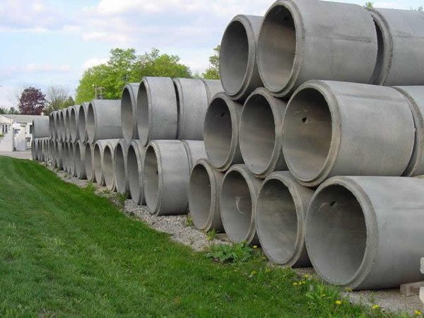 Фото бетонных колец.