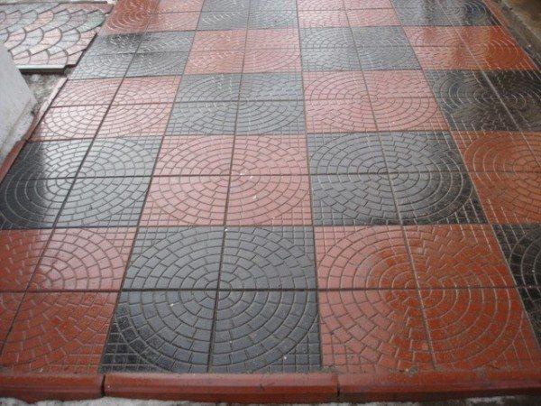 Фото плитки на бетонном основании.