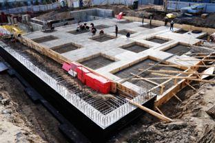 Фундамент в месте сооружения лестницы должен быть монолитный