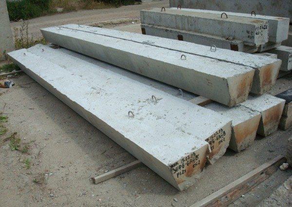Готовые к эксплуатации бетонные балки