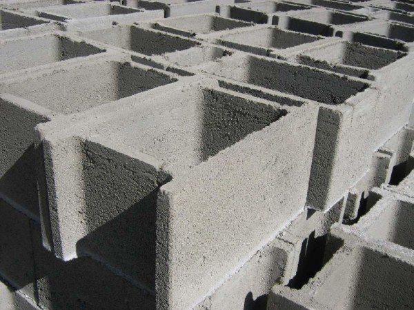Готовый блок бетонный несъемной опалубки