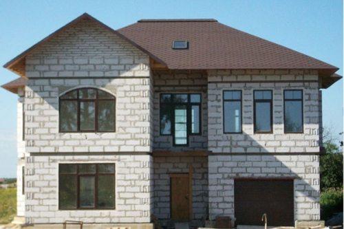Готовый к заселению дом из ячеистого бетона