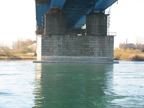 Инструкция по строительству сооружений выдвигает ряд требований к конструкционным материалам.