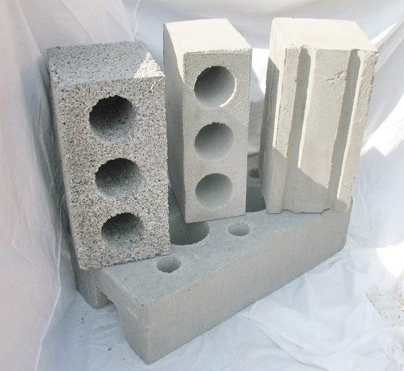 Искусственные стеновые камни разной конфигурации