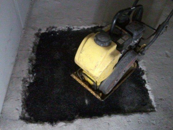Использование данного материала для ремонта полов с одновременным созданием гидроизоляции