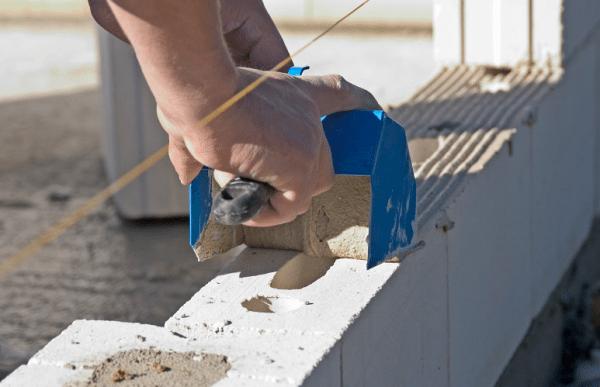 Использование клея для кладки – нет мостиков холода