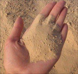 Используйте только просеянный и промытый песок.
