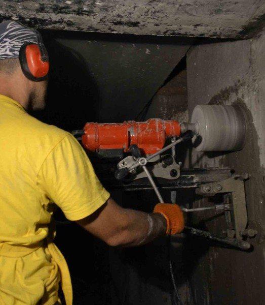 Как убрать часть бетона с помощью сверления