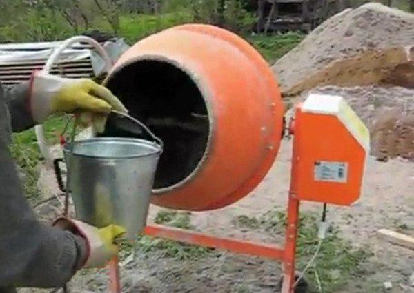 Катализатор для образования цементного камня