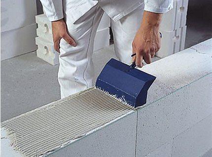 Кладка стен на специализированный клеевой состав