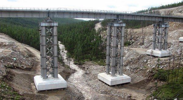 Конструкции из стали и бетона нашли широкое применение в строительстве.