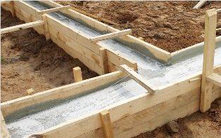Лёгкий мелкозаглубленный ленточный фундамент под керамзитобетонный дом