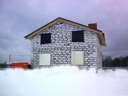Любительское фото здания созданного на основе газобетонных материалов