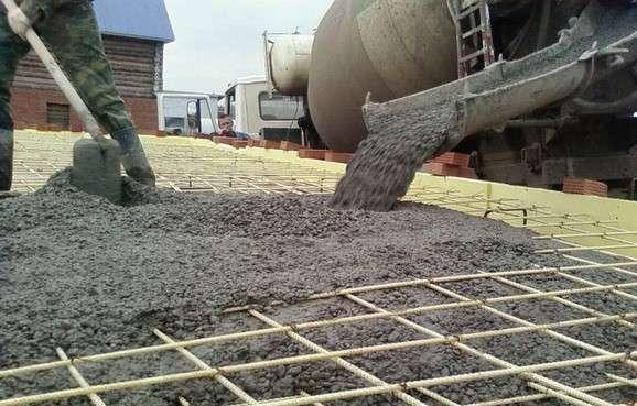 Материал применяют в строительстве плит фундаментов.