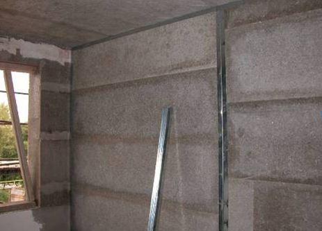 Монолитный опилкобетон для создания стен