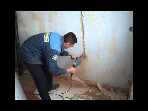 Монтаж подрозетников в бетонной стене с помощью перфоратора