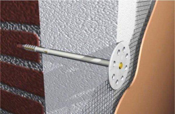 Монтаж теплоизоляции фасадным дюбелем