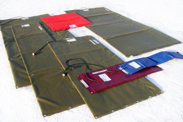 На фото - ассортимент термоматов для работы с бетонными поверхностями