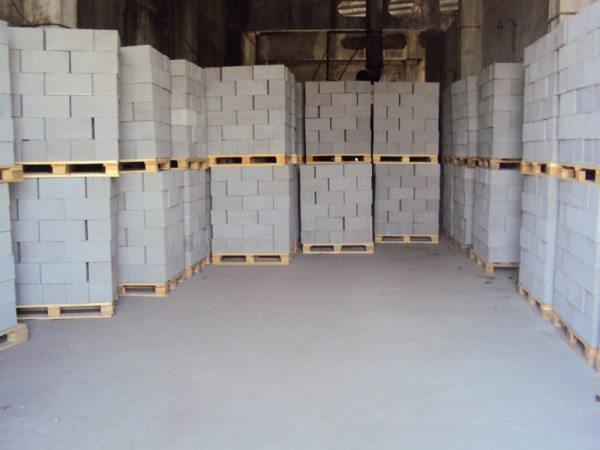 На фото - пример складирования готового материала