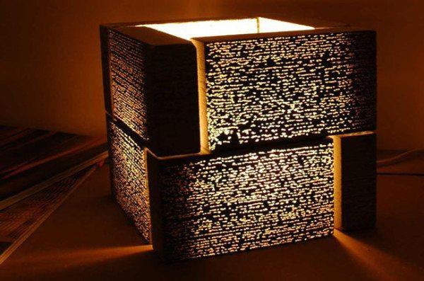 На фото - светильник из прозрачных блоков