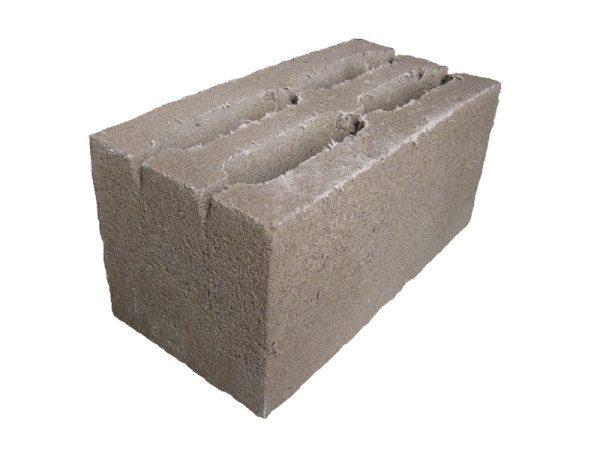 На фото – опилкобетонный готовый блок