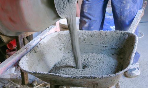 На фото изображен бетонный раствор.