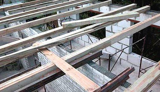 На перекрытия уходит много древесины