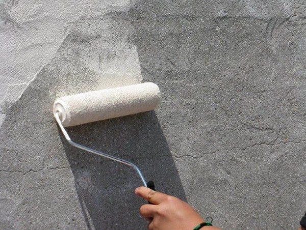 Обработка бетона грунтом – залог высокой степени адгезии