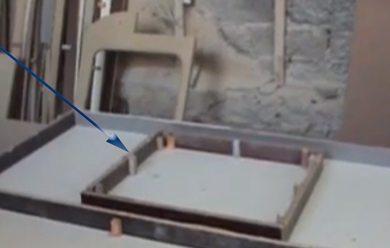 Опалубку для раковины подпираем изнутри.