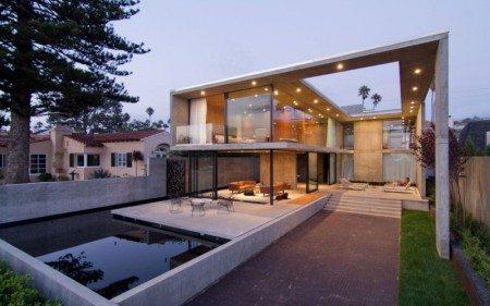 Оригинальный проект дома из стекла и бетона