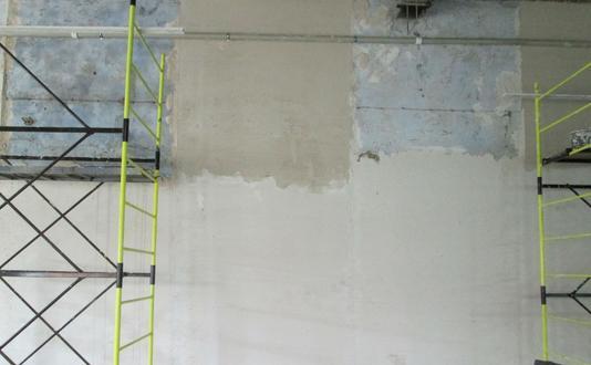 Оштукатуривание монолитной стены