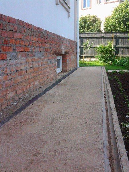 Отсутствие своевременной обработки бетона приводит к его поверхностному разрушению