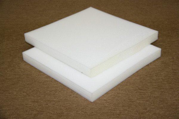 Пенополиуретановые матрасы белого цвета