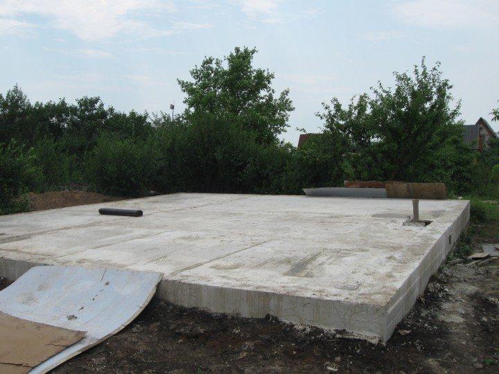 плитный фундамент под дом из газобетона