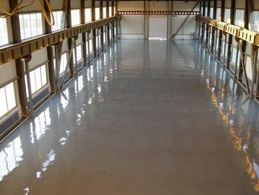 Покрытия в промышленных помещениях должны отвечать самым высоким требованиям надежности