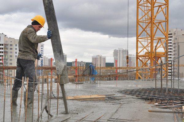 Поликарбоксиликат в заливке бетона в промышленных масштабах