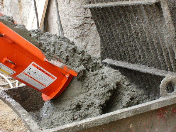 Приготовление строительного бетонного раствора.