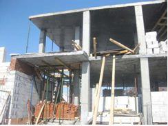 Применение бетонных монолитных конструкций в индивидуальном строительстве