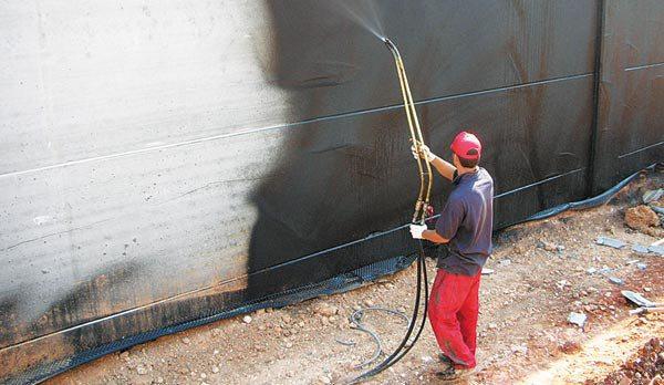 Пример нанесения на готовую конструкцию проникающего материала для защиты от влаги