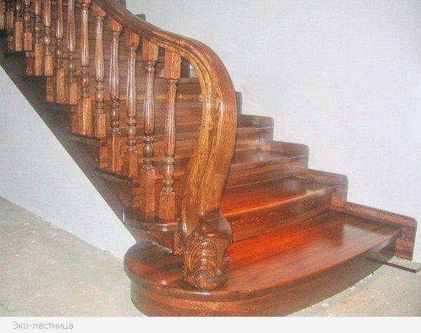 Пример профессионально обшитой лестницы