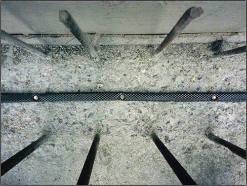 Пример уже установленного гидроизоляционного шнура