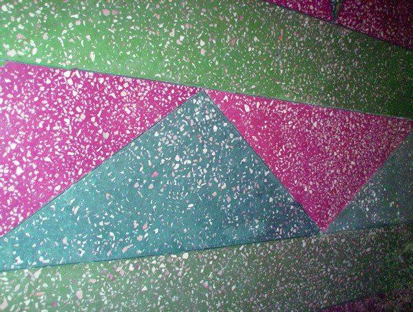 Пример яркого многоцветного покрытия